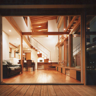Inspiration for a medium sized world-inspired side patio in Yokohama with an awning.