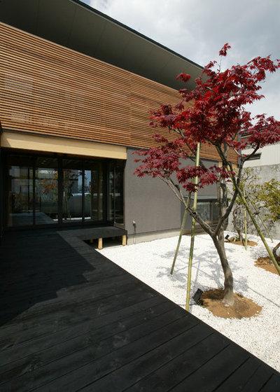 和室・和風 テラス・中庭 by 岡本義富建築研究所