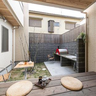 福岡の小さいアジアンスタイルのおしゃれなテラス・中庭 (張り出し屋根) の写真