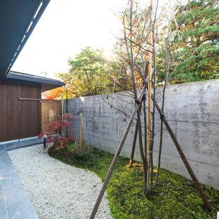 他の地域の和風のおしゃれなテラス・中庭 (砂利舗装) の写真