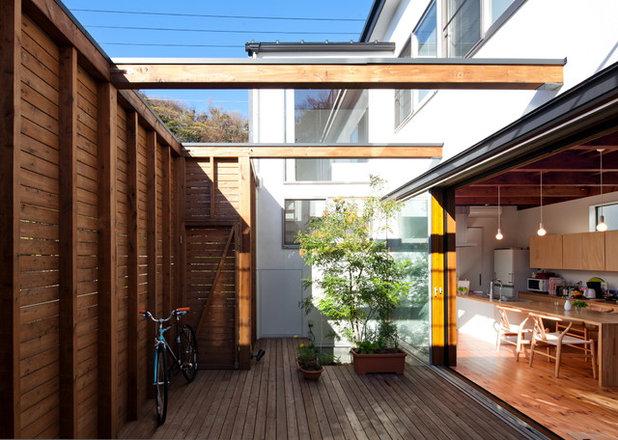 コンテンポラリー テラス・中庭 by リツデザイン一級建築士事務所