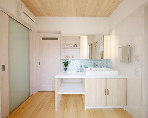 Bagno Beige E Bianco : Foto e idee per bagni di servizio bagno di servizio con ante a