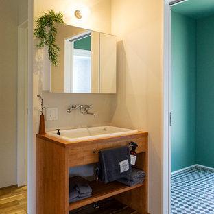 Cette photo montre un WC et toilettes asiatique.