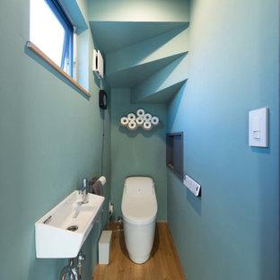 他の地域のおしゃれなトイレ・洗面所の写真