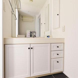 インダストリアルスタイルのおしゃれなトイレ・洗面所の写真