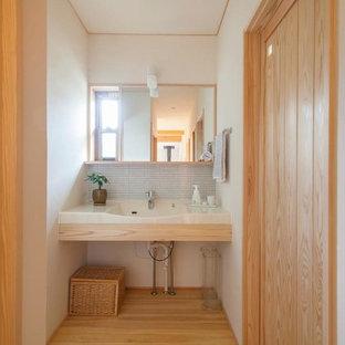 Bild på ett orientaliskt toalett