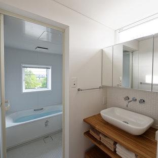 京都のラスティックスタイルのおしゃれなトイレ・洗面所の写真