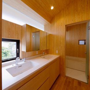 Свежая идея для дизайна: туалет в стиле модернизм - отличное фото интерьера