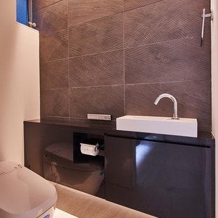他の地域のコンテンポラリースタイルのおしゃれなトイレ・洗面所の写真