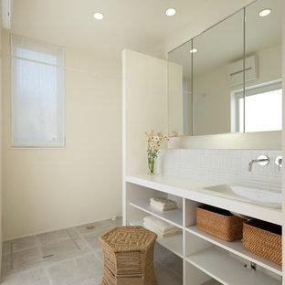 名古屋のモダンスタイルのおしゃれなトイレ・洗面所 (白い壁、クッションフロア、グレーの床) の写真