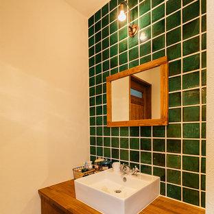 Esempio di un bagno di servizio stile rurale