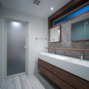 Cette image montre un WC et toilettes style shabby chic.