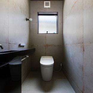 名古屋のインダストリアルスタイルのおしゃれなトイレ・洗面所の写真