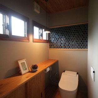 Inspiration pour un WC et toilettes asiatique.