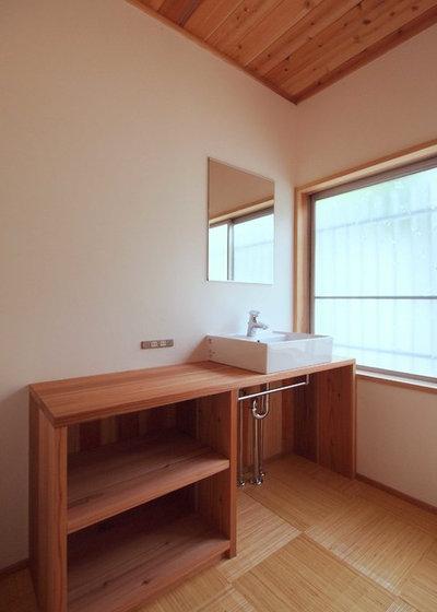 和室・和風 トイレ・洗面所 by 有限会社 佐々岡建設 一級建築士事務所