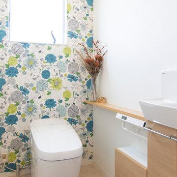 香川県高松市に建つ、「2世帯で幸せに暮らす家」のトイレ