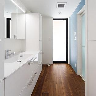 神戸の北欧スタイルのおしゃれなトイレ・洗面所の写真