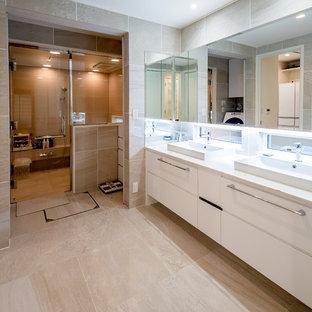 神戸のモダンスタイルのおしゃれなトイレ・洗面所の写真