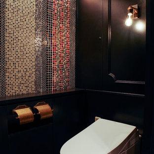 横浜のトラディショナルスタイルのおしゃれなトイレ・洗面所の写真