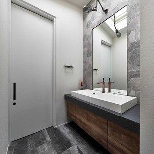 名古屋のコンテンポラリースタイルのおしゃれなトイレ・洗面所の写真