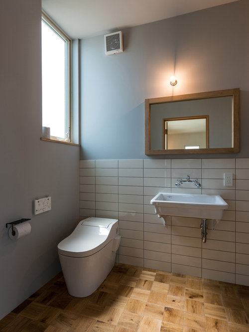 photos et id es d co de wc et toilettes industriels avec un mur multicolore. Black Bedroom Furniture Sets. Home Design Ideas