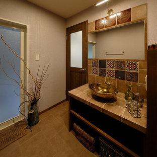 他の地域のアジアンスタイルのトイレ・洗面所の画像