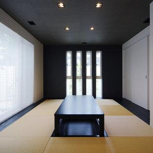 東京23区の和風のおしゃれなファミリールーム (白い壁、畳) の写真