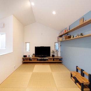 京都の和風のおしゃれなファミリールームの写真