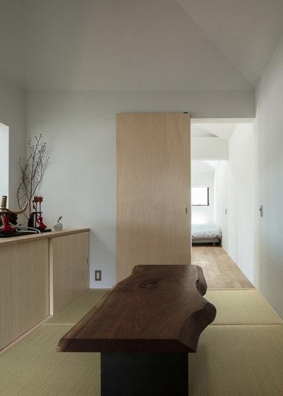 和室・和風 ファミリールーム by 山本嘉寛建築設計事務所  YYAA
