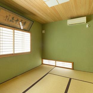 東京都下の和風のおしゃれなファミリールームの写真