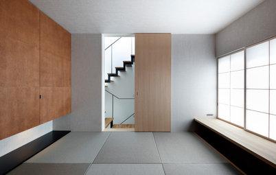 小高い傾斜地に建つスキップフロアの家