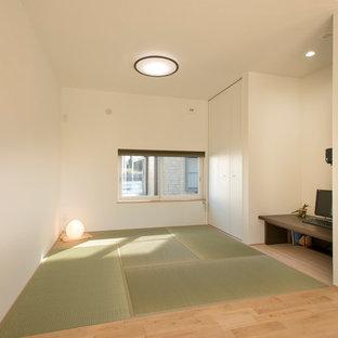 名古屋のアジアンスタイルのおしゃれなファミリールーム (白い壁、畳、白い床) の写真