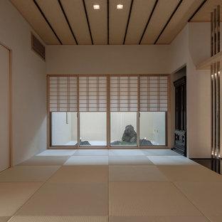和風のおしゃれなファミリールームの写真