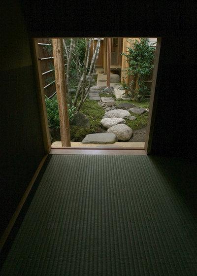 Japonés Sala de estar by 渡辺貞明建築設計事務所
