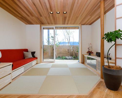 wohnzimmer mit tatami boden und wei en w nden ideen. Black Bedroom Furniture Sets. Home Design Ideas