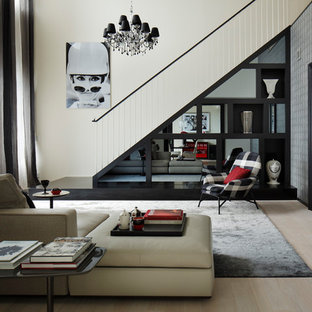 RESIDENCE FOR FASHION