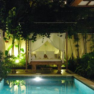 Ispirazione per una piscina tropicale
