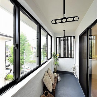Inspiration for a modern balcony remodel in Other