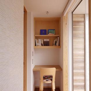 他の地域の小さい和風のおしゃれなホームオフィス・書斎の写真