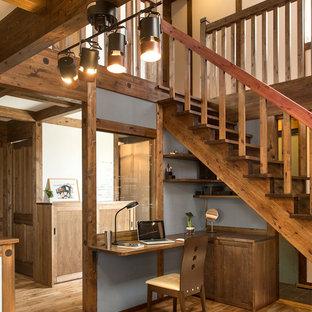 他の地域のトラディショナルスタイルのおしゃれなホームオフィス・仕事部屋の写真