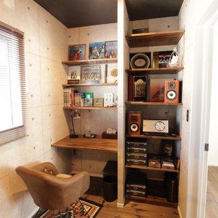 他の地域のコンテンポラリースタイルのおしゃれなホームオフィス・書斎の写真