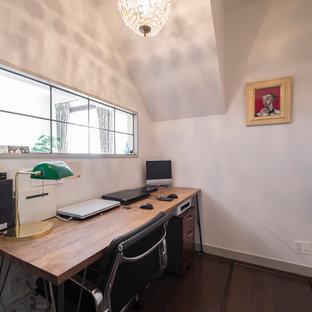 横浜のモダンスタイルのおしゃれなホームオフィス・仕事部屋の写真