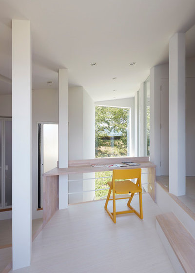 Contemporary Home Office & Library by 藤原・室 建築設計事務所