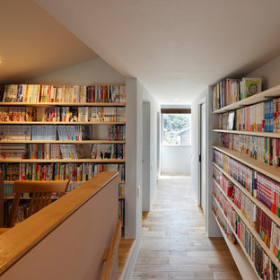 他の地域のトラディショナルスタイルのおしゃれなホームオフィス・書斎の写真