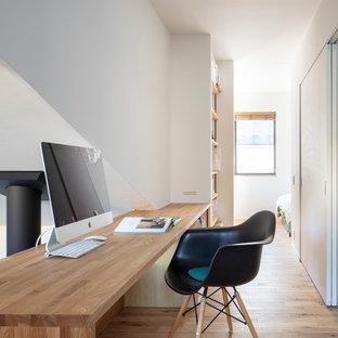 東京23区の北欧スタイルのおしゃれなホームオフィス・仕事部屋の写真