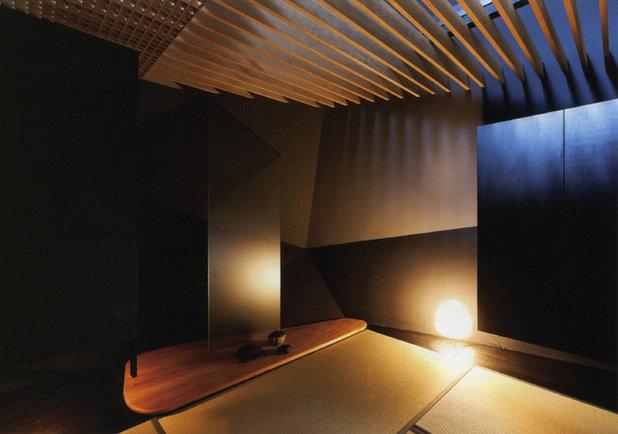 Japanese Home Office & Library by KEN YOKOGAWA ARCHITECT & ASSOCIATES INC.