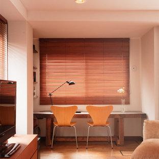 おしゃれなホームオフィス・書斎の写真