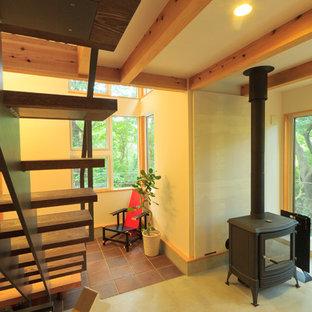 Foto di uno studio con stufa a legna