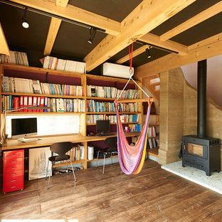 他の地域のコンテンポラリースタイルのおしゃれなホームオフィス・仕事部屋の写真