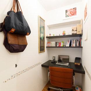 東京23区のモダンスタイルのおしゃれなホームオフィス・書斎の写真